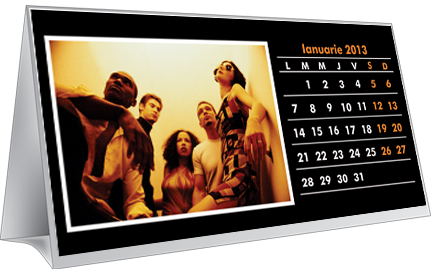 Calendar de birou  fundal color